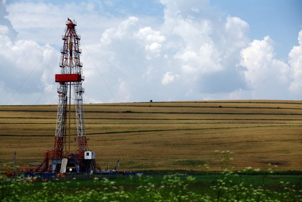 Riger-Oilfield-Rentals-Backdrop-221-1024x683